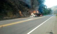 Acidente com caminhão-tanque deixa mortos em Minas Gerais