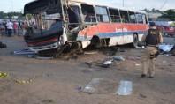 Acidente com ônibus deixa dois mortos e feridos em Paraíba