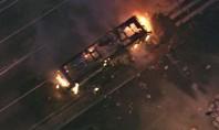 Ambulantes e PMs entram em confronto no Brás; dois ônibus são incendiados
