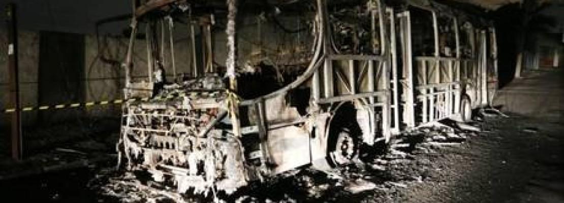 Capão Redondo vive série de ônibus queimados em 2014
