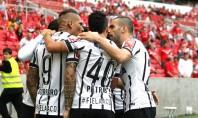 Corinthians vence e garante tranquilidade para Mano Menezes