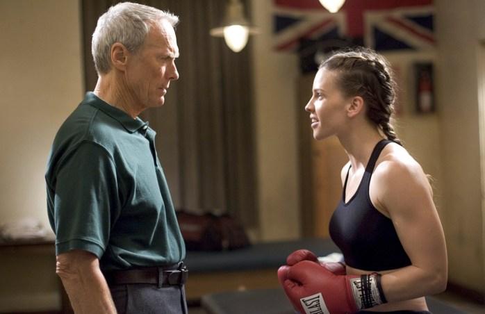 Menina de Ouro mostra toda profundidade que as atuações e direções de Clint Eastwood podem ter. Quem apenas associava Clint aos clássicos de faroeste, deve ter se surpreendido com essa produção.
