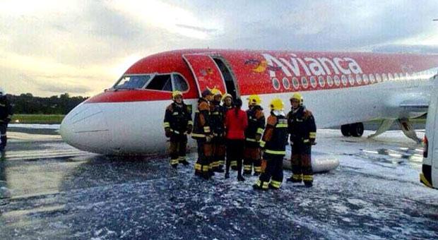 Pouso_emergencia_avianca_JK_DF