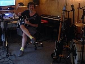 Lobão trabalhando em seu novo álbum